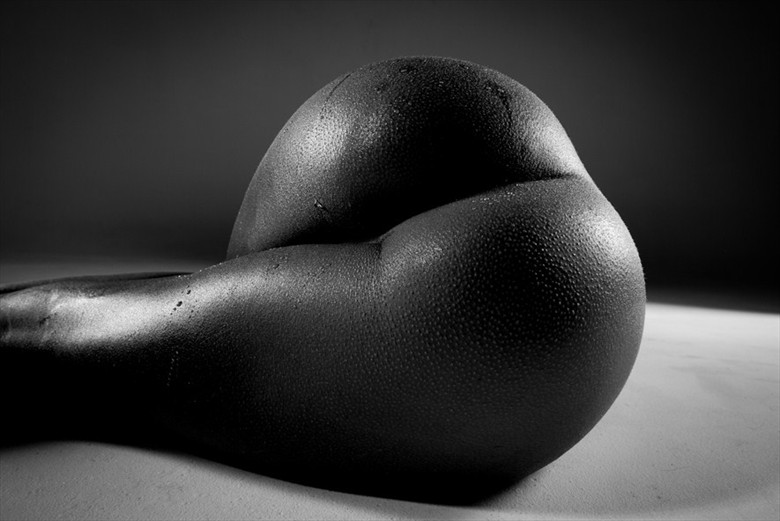 Artistic Nude Erotic Photo by Model Kayla