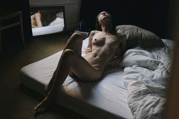 Artistic Nude Erotic Photo by Model Kyotocat