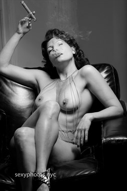 Artistic Nude Erotic Photo by Model Ms_M