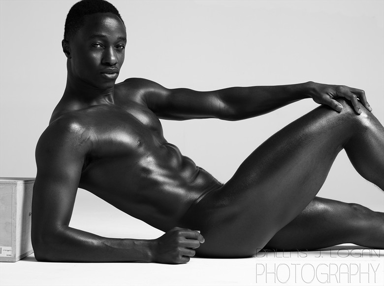 Artistic Nude Erotic Photo by Model Paul Osei