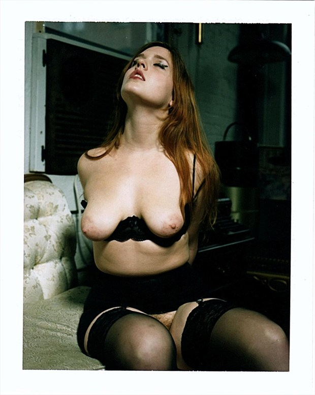 Artistic Nude Erotic Photo by Model Queen Dandelion