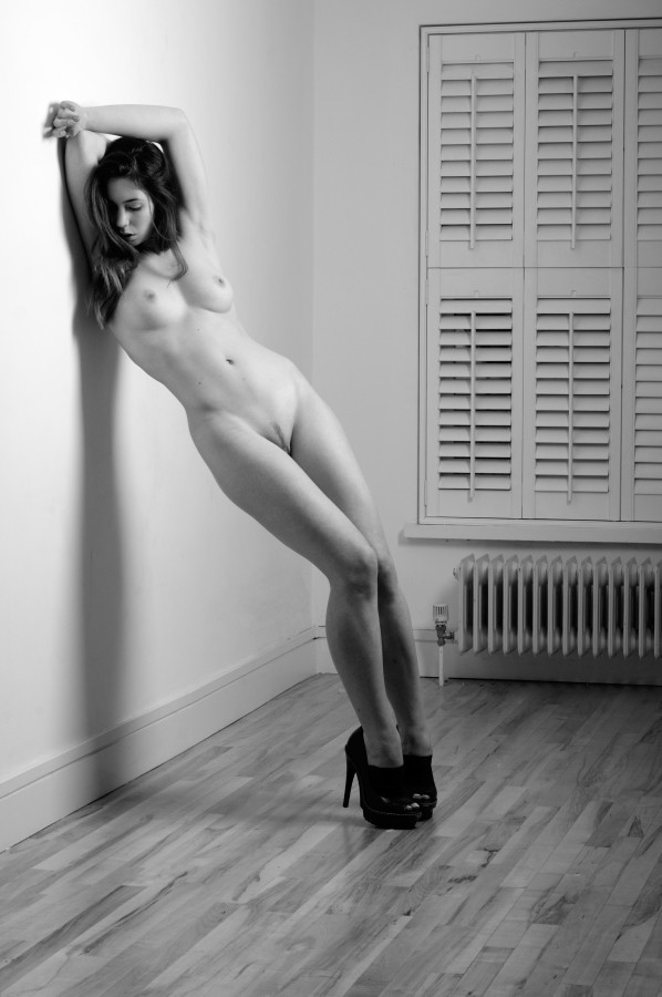 Artistic Nude Erotic Photo by Photographer AndyD10