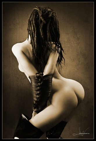 Artistic Nude Erotic Photo by Photographer Dominic Vincent