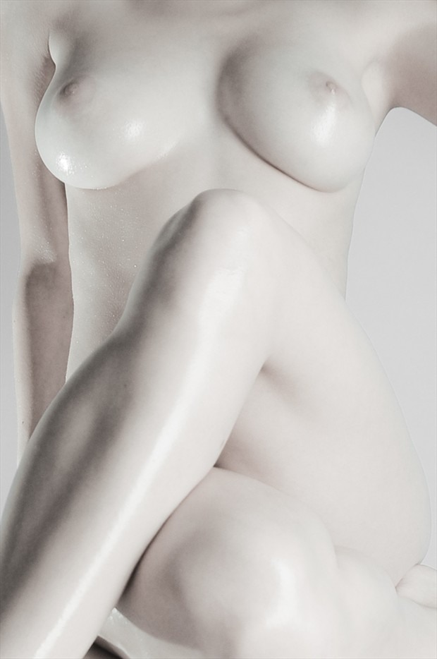 Artistic Nude Erotic Photo by Photographer LvR Scapes