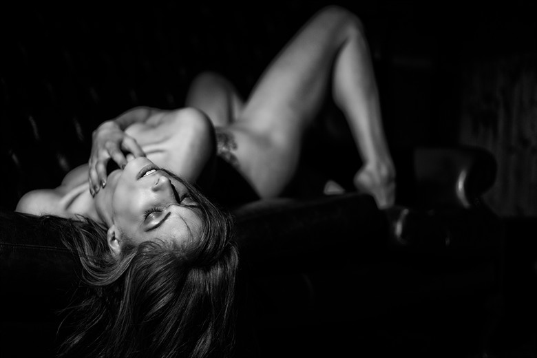 Artistic Nude Erotic Photo by Photographer MelPettit
