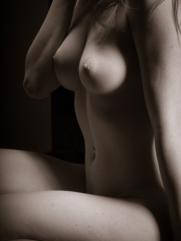 Artistic Nude Erotic Photo by Photographer Phil