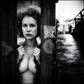 Artistic Nude Erotic Photo by Photographer Viola Savarese