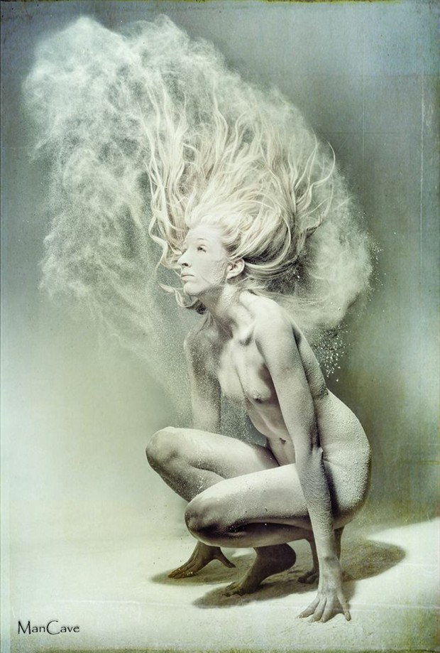 Artistic Nude Experimental Photo by Model GoldenIvory