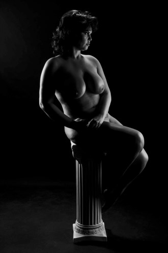 Artistic Nude Figure Study Artwork by Photographer Michael Eaves