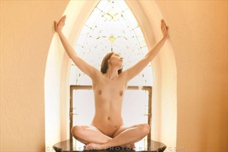 Artistic Nude Figure Study Photo by Model Isis22