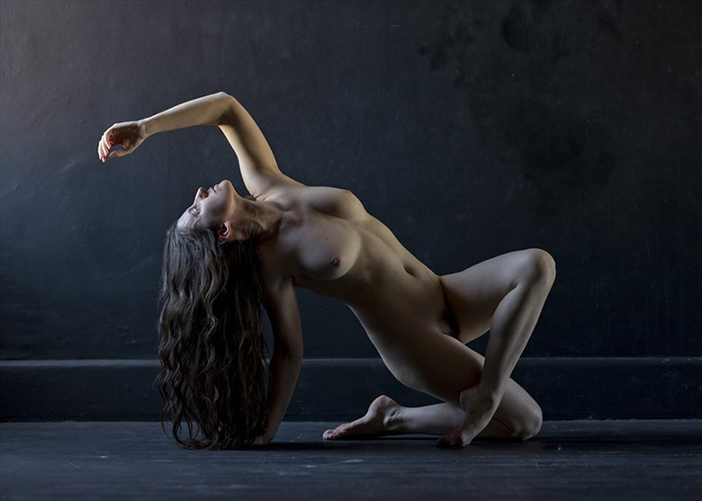 Artistic Nude Figure Study Photo by Model Katy T