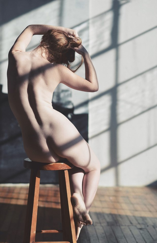 Artistic Nude Figure Study Photo by Model Liv Sage