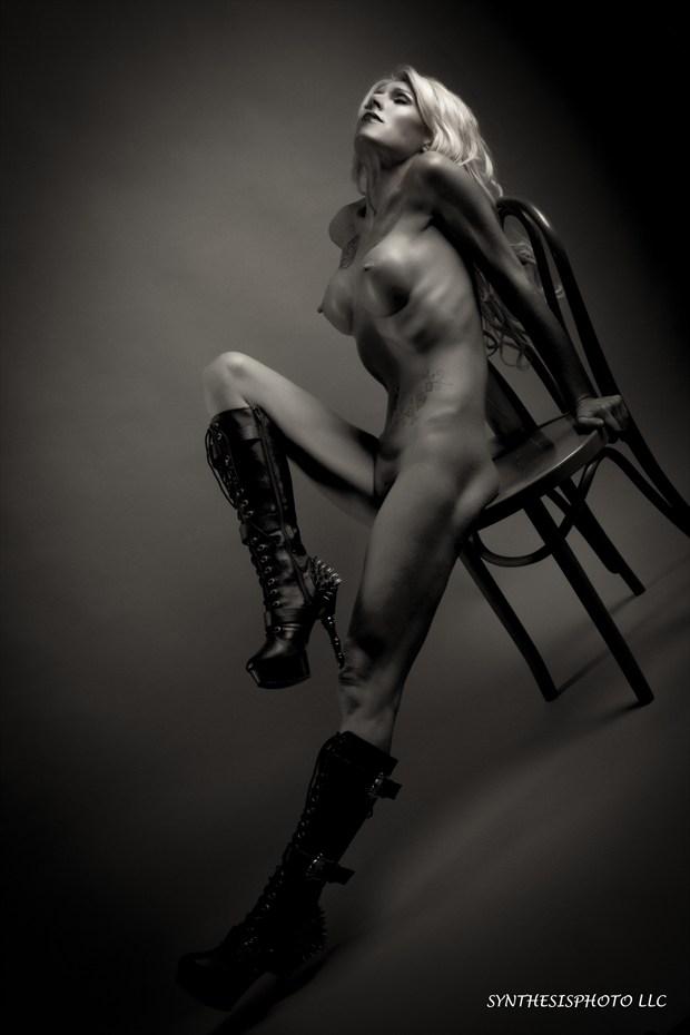 Artistic Nude Figure Study Photo by Model Phoenix Starr