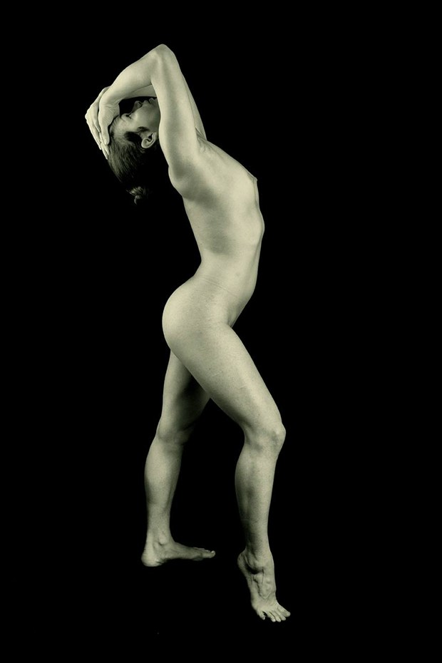 Artistic Nude Figure Study Photo by Model TrixieShiksa