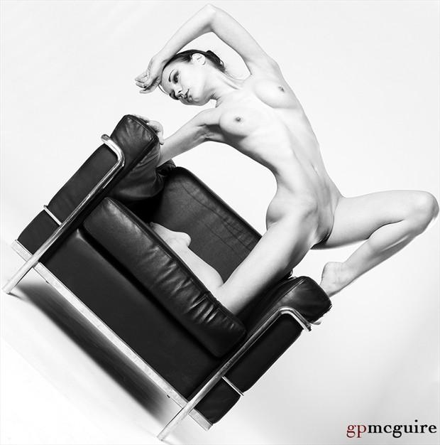 Artistic Nude Figure Study Photo by Model vik tory