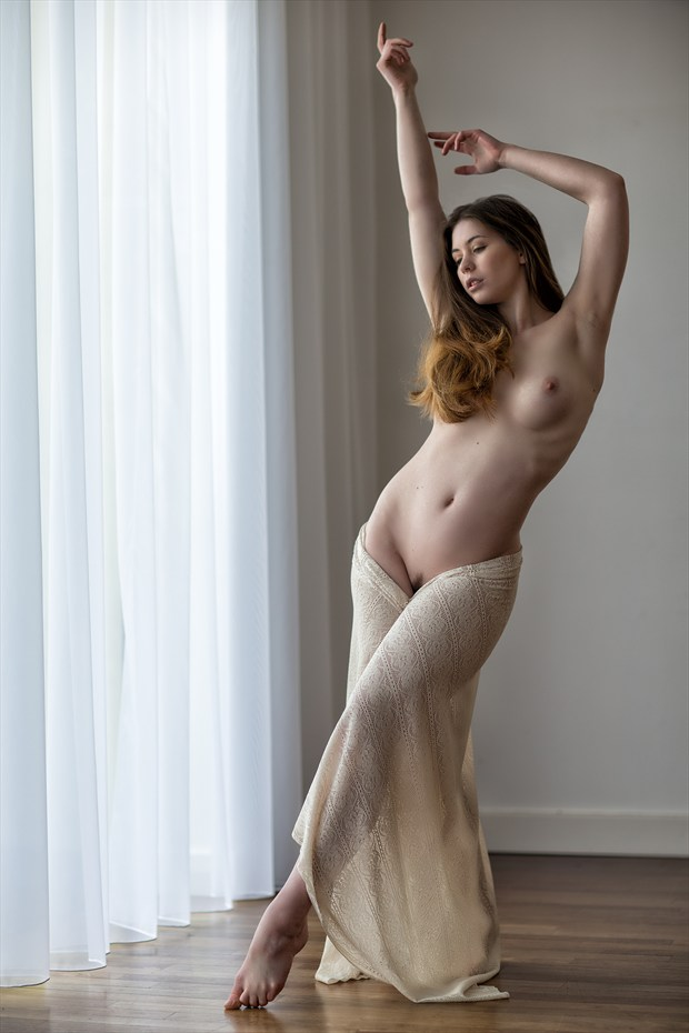 Artistic Nude Figure Study Photo by Photographer MelPettit