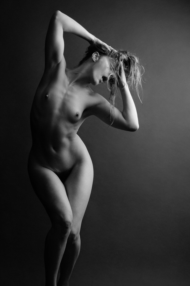 Artistic Nude Figure Study Photo by Photographer Stefano Brunesci