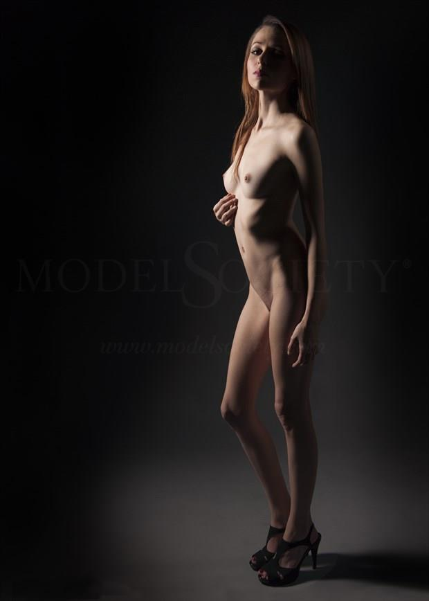 Artistic Nude Figure Study Photo by Photographer Tommy 2's
