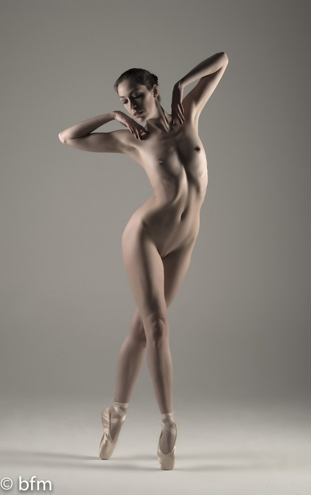 Artistic Nude Figure Study Photo by Photographer bmargolis