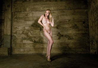 Artistic Nude Glamour Photo by Photographer JayPeter