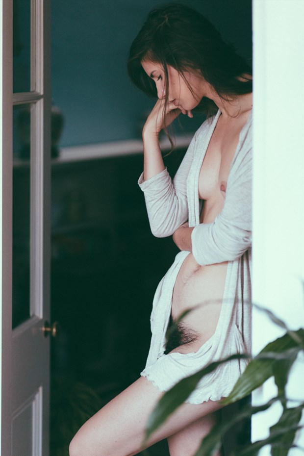 Artistic Nude Implied Nude Photo by Model Kyotocat