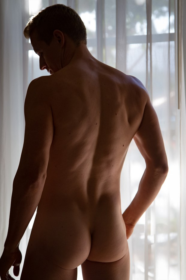 Artistic Nude Implied Nude Photo by Model Shawn (Alfie)