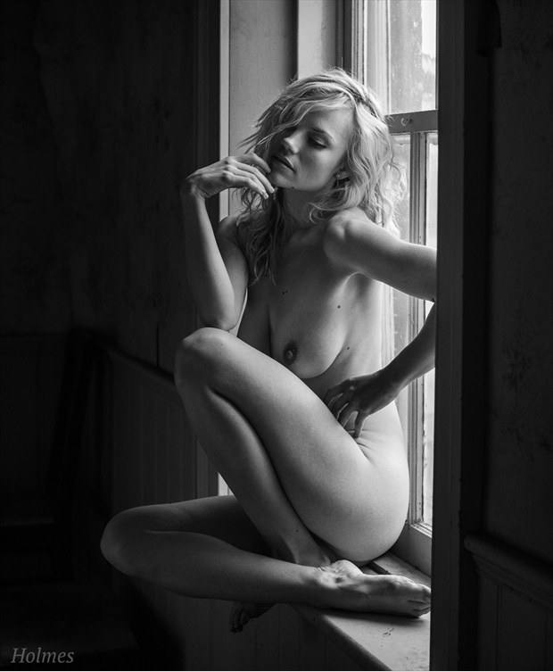 Artistic Nude Natural Light Photo by Photographer Adrian Holmes