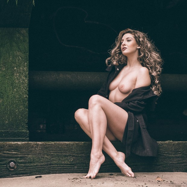 Artistic Nude Natural Light Photo by Photographer DJR Images