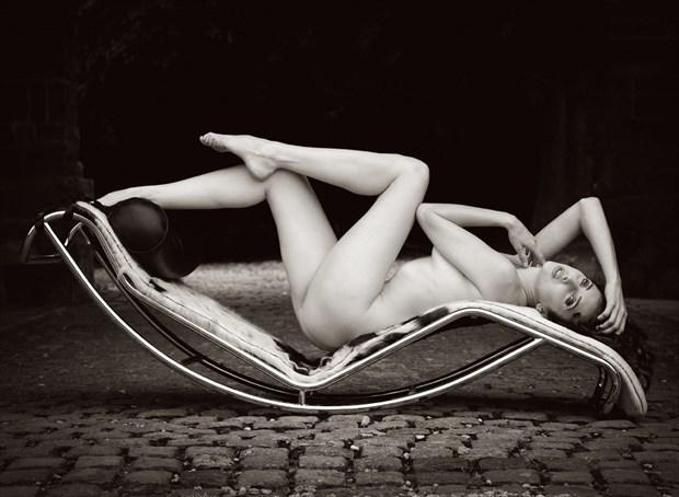 Artistic Nude Natural Light Photo by Photographer MaxOperandi