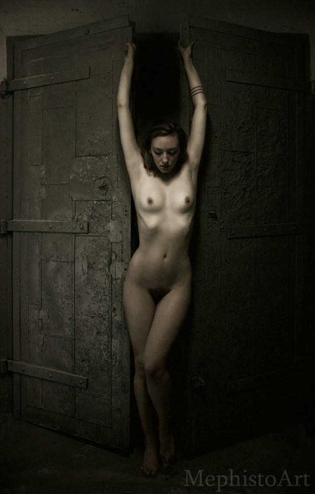 Artistic Nude Natural Light Photo by Photographer MephistoArt