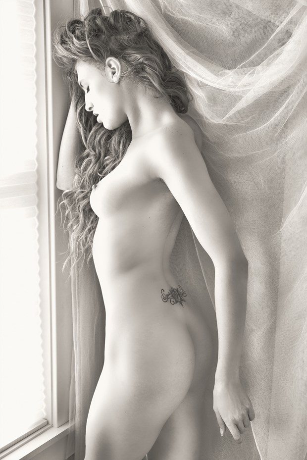 Artistic Nude Natural Light Photo by Photographer StromePhoto