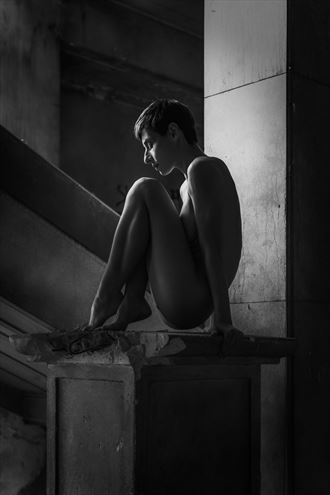 Artistic Nude Natural Light Photo by Photographer Thanakorn Telan