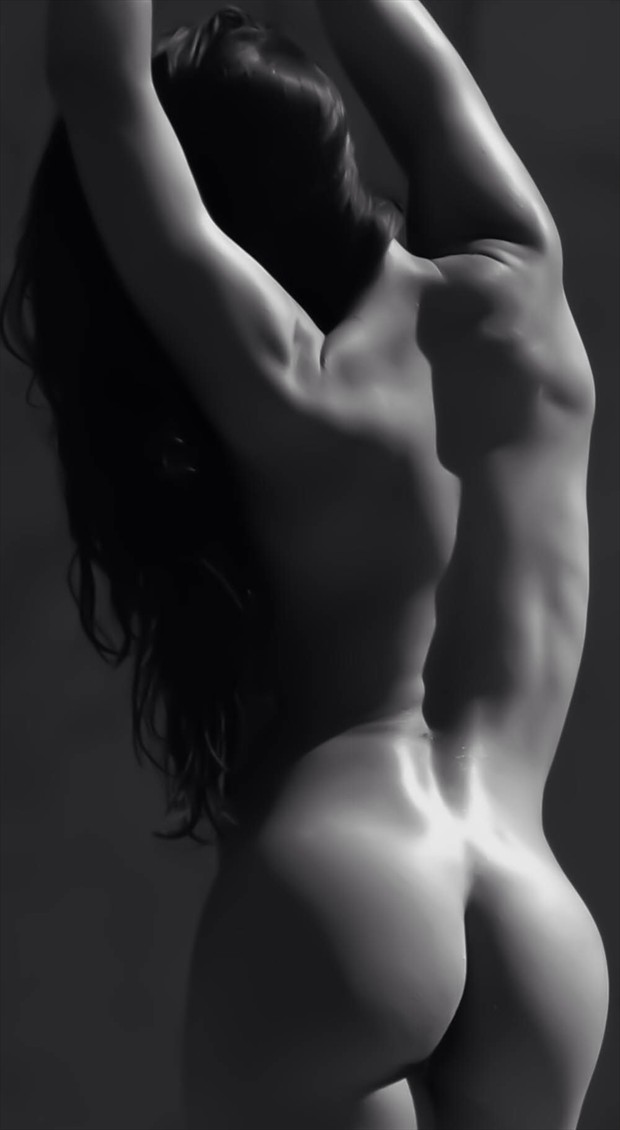 Artistic Nude Nature Artwork by Photographer Lonnie Tate