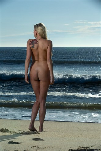 Artistic Nude Nature Photo by Model Caroline Summers