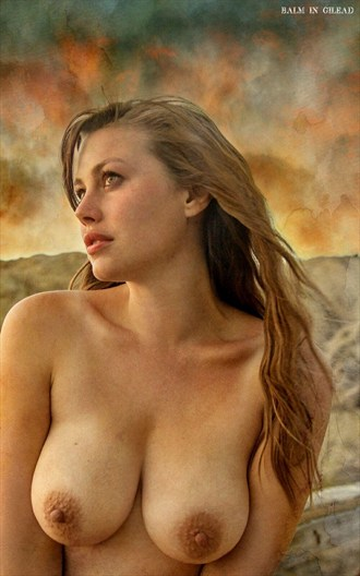 Artistic Nude Nature Photo by Model Lillias Right