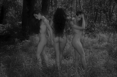 Artistic Nude Nature Photo by Model Lisa Everhart