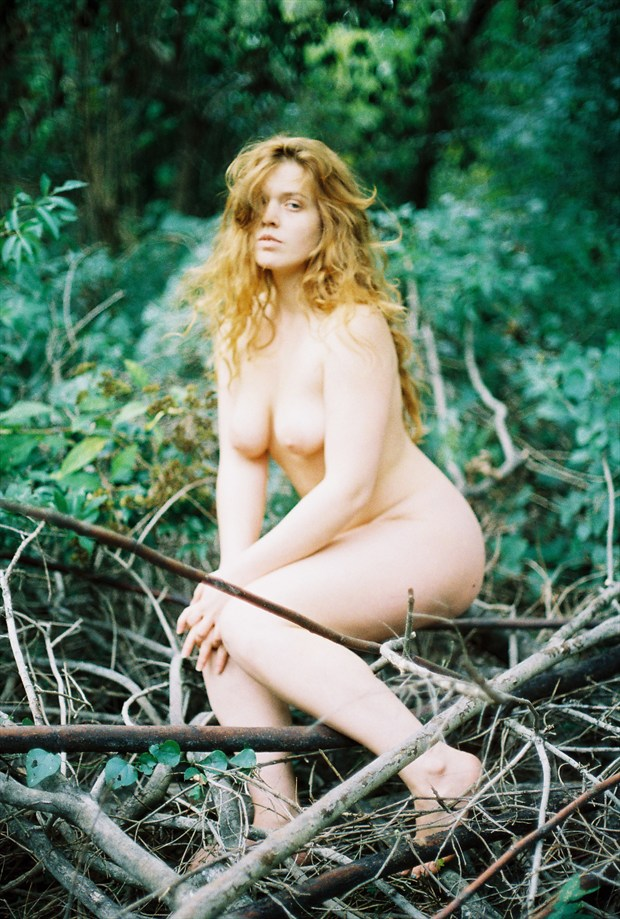 Artistic Nude Nature Photo by Model Queen Dandelion