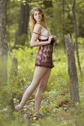 Artistic Nude Nature Photo by Model Rachel