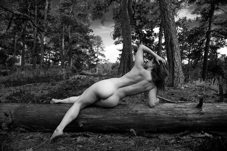 Artistic Nude Nature Photo by Model Scarlett Amethyst