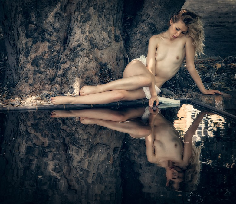 Artistic Nude Nature Photo by Photographer MaxOperandi