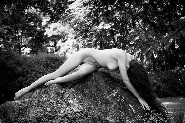 Artistic Nude Nature Photo by Photographer MikeWarren