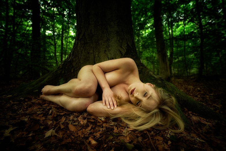 Artistic Nude Nature Photo by Photographer Peter Gruener