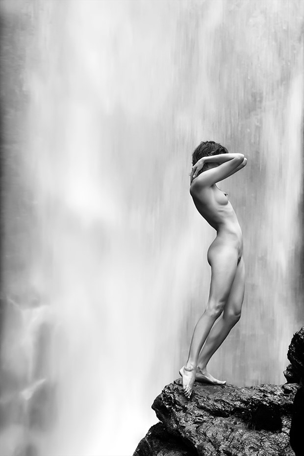 Artistic Nude Nature Photo by Photographer Thomas Bichler