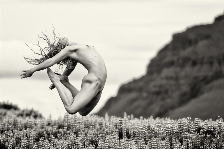 Artistic Nude Nature Photo by Photographer delawarephoto