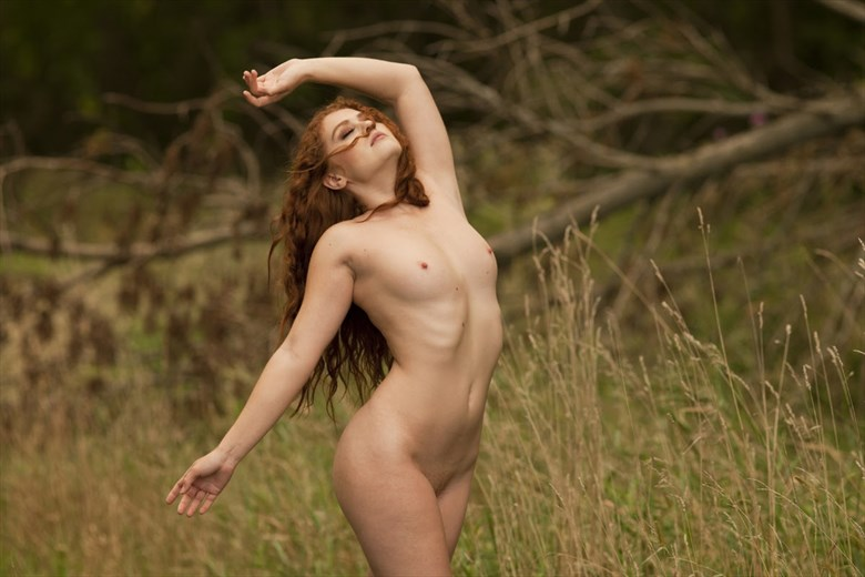 Artistic Nude Photo by Model Allie Summers