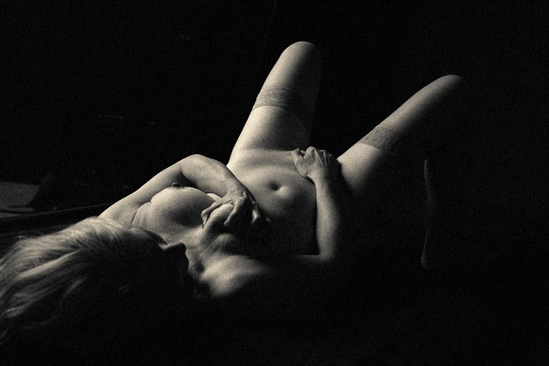 Artistic Nude Photo by Model Darkmoon artist
