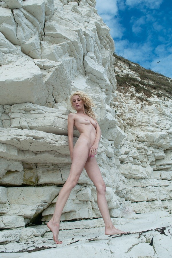 Artistic Nude Photo by Model Emma C