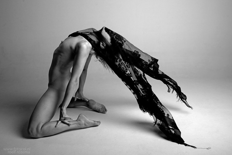 Artistic Nude Photo by Model Lanatrelana