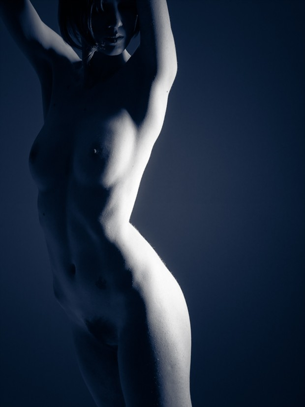 Artistic Nude Photo by Model Yume Look