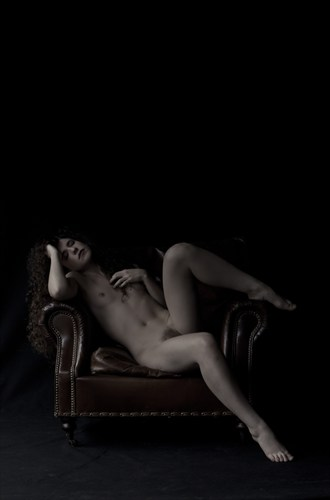 Artistic Nude Photo by Photographer Dare Images